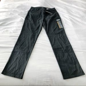 Lee Pants & Jumpsuits - NWT Lee Relaxed Fit Straight Leg Mid Rise Pants